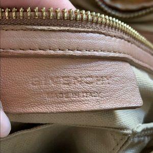 Givenchy bag Pandora Pepe